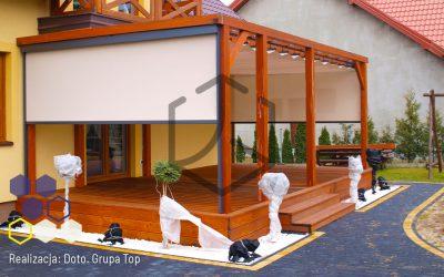 Moduł dachowy pergoli Top Light na gotowej konstrukcji – realizacja firmy Doto